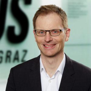 Portraitfoto von Gregor Reautschnig