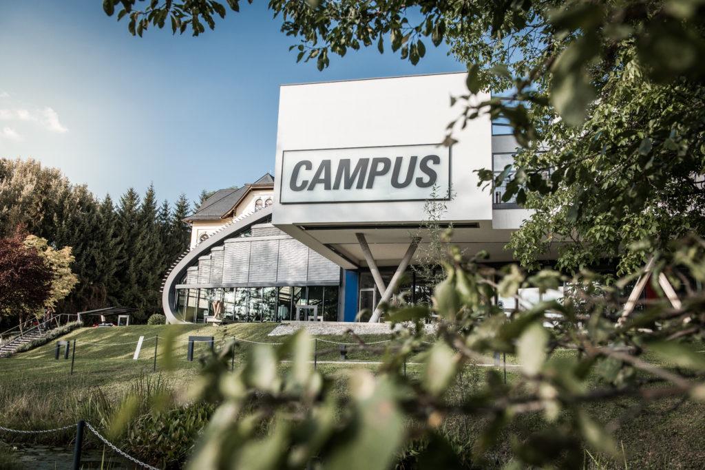 Das Gebäude der FH CAMPUS 02