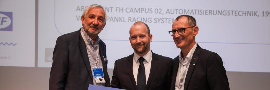 """CAMPUS-02-Absolvent Christoph Prattes erhielt die Auszeichnung """"Beste AbsolventInnenkarriere 2019""""."""